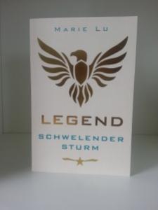 LEGEND - Schwelender Sturm von Marie Lu