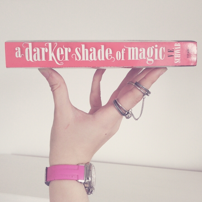 Schwab_A darker shade of magic.jpg