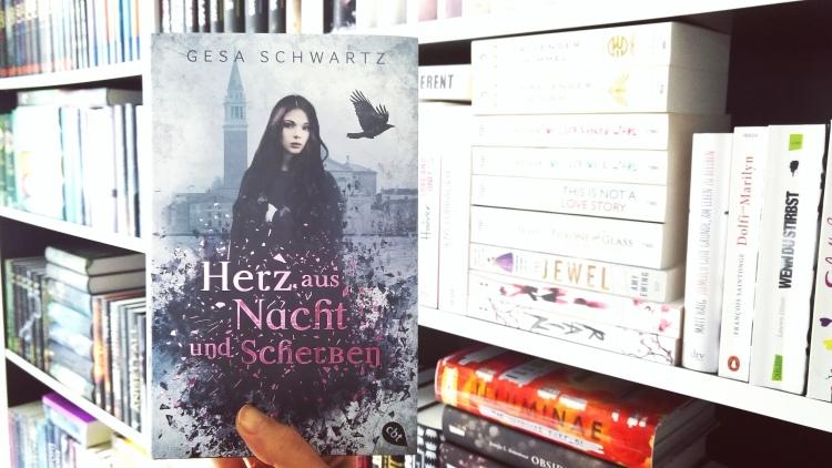 Schwartz_Ein Herz aus Nacht und Scherben_2.jpg